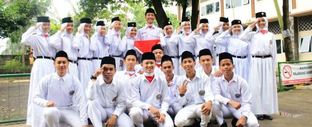 Paskibra SMK Dewantara